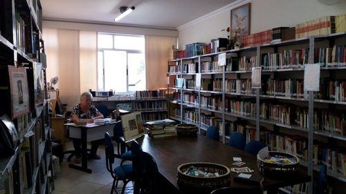 Biblioteca 12.jpg